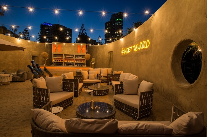 Le premier hôtel éphémère tout en sable ouvre sur la Gold Coast en Australie
